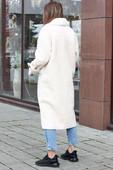 Модная шубка из овечьей шерсти белая
