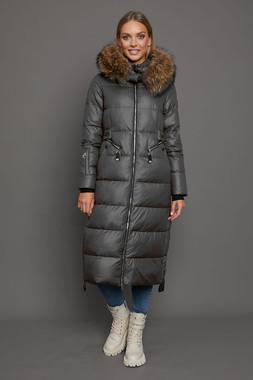 Длинное зимнее пальто с мехом енота как у Бородиной серая