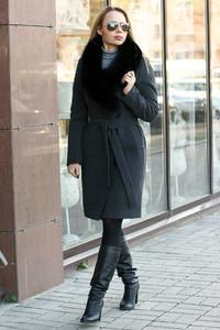 Удлиненное кашемировое пальто темно серое с финским мехом